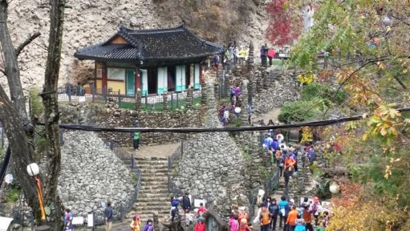 진안 마이산탑사, CNN 선정 '한국의 가장 아름다운 사찰'